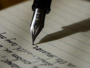 Ziele setzen - Füller auf Papier