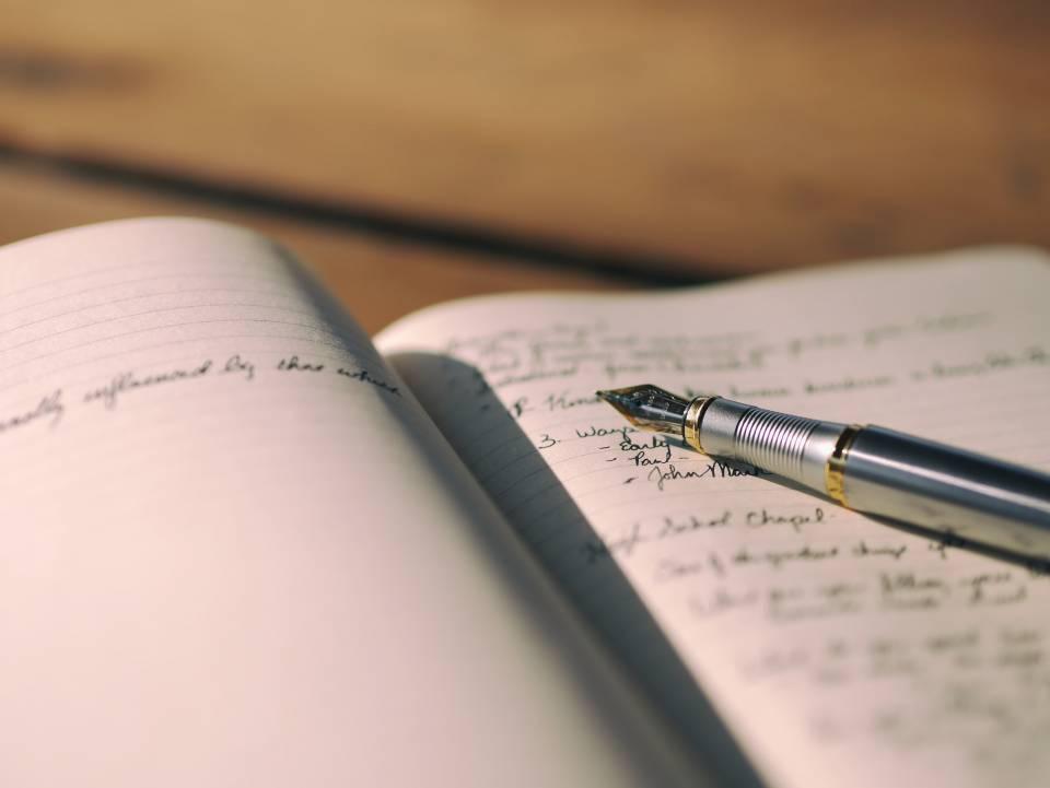 Selbstfindungsphase - Notizbuch mit Füller